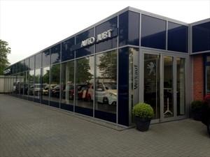 Foto von Peugeot Auto Jubt