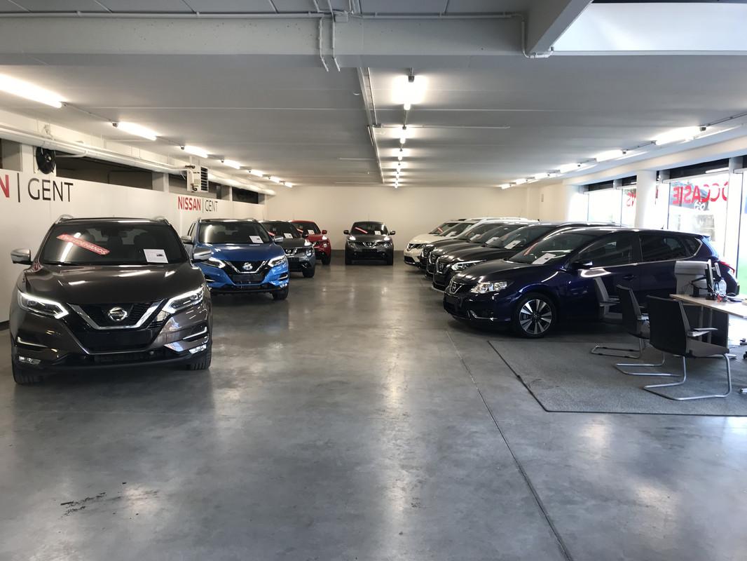 Foto Nissan Gent