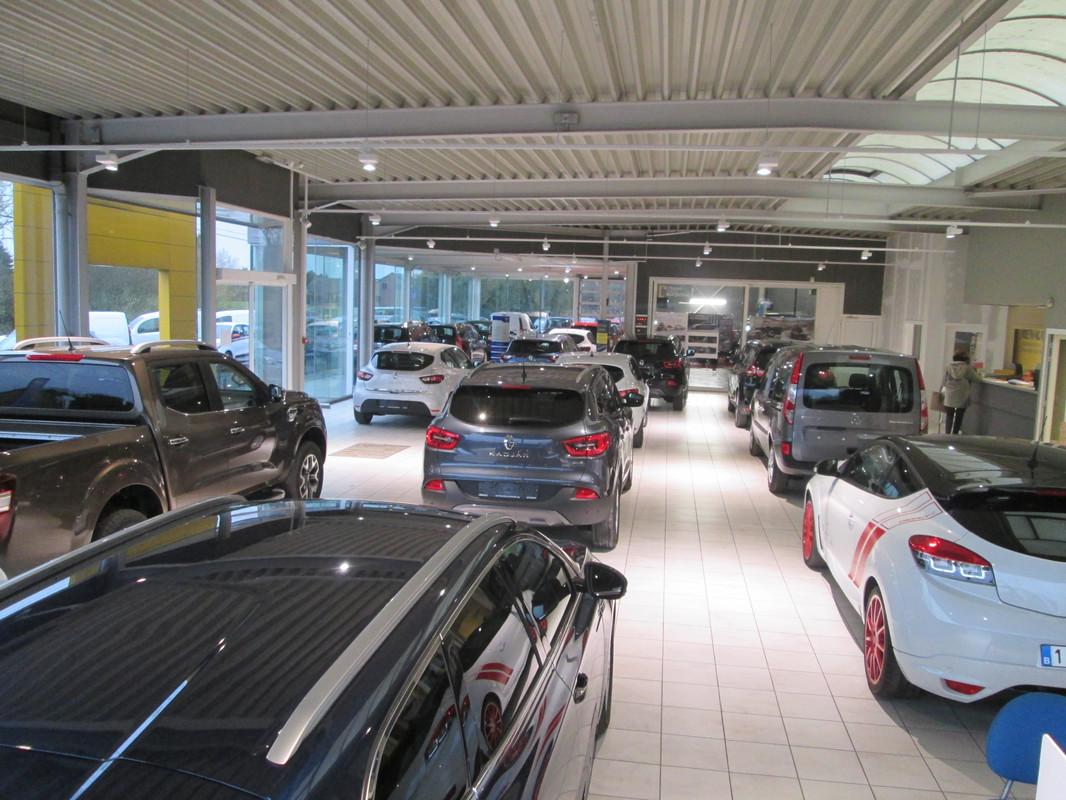 Renault collignon sa durbuy autoscout24 - Ouverture garage renault ...