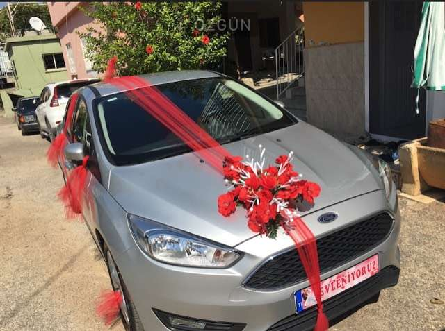 Ford Focus 1.6 Ti-VCT Manual Style