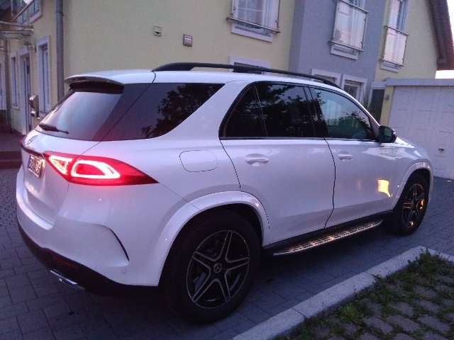 Mercedes-Benz GLE 300 d 4Matic 9G-TRONIC AMG Line