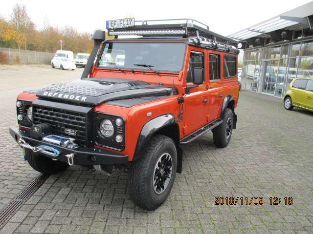 Land Rover Defender 110 DPF Station Wagon Adventure