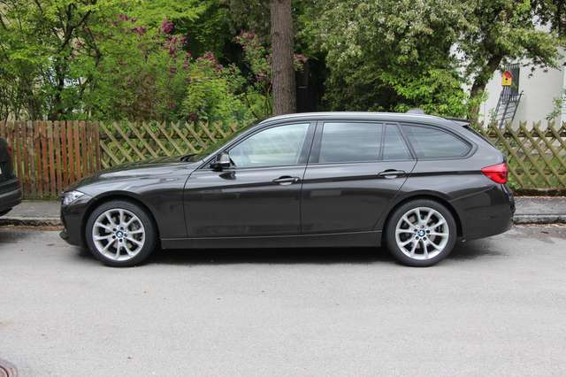BMW 335 3er Touring xDrive Sport-Aut. Luxury Line