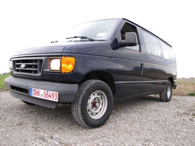 Ford Econoline E150 XL, US-AIRFORCE 4.6 Triton V8