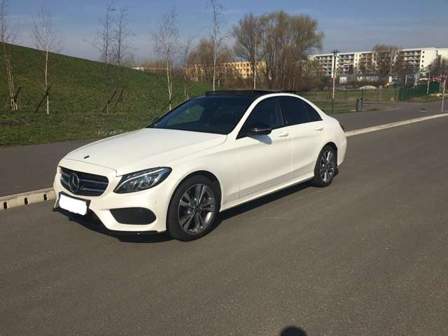 Mercedes-Benz C 400 4Matic 9G-TRONIC AMG Line, Night Paket, Pano,...
