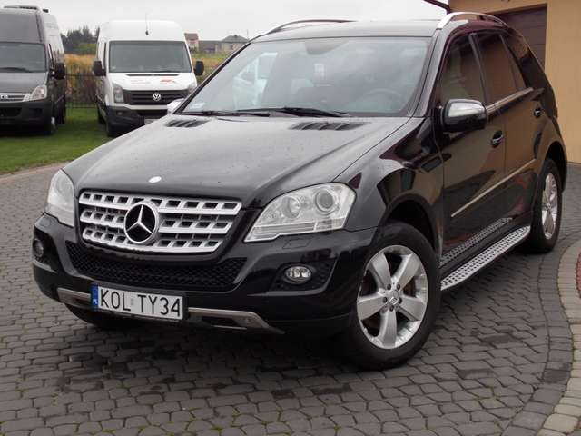 Mercedes-Benz ML 320 CDI DPF 4Matic 7G-TRONIC Edition 1