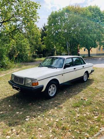 Volvo 240 GL in TOP Zustand