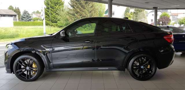 BMW X6 M Black Fire Edition