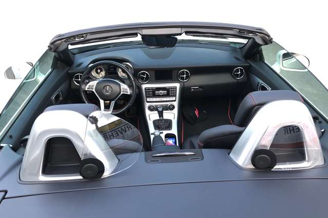 Mercedes-Benz SLK 200 (BlueEFFICIENCY)
