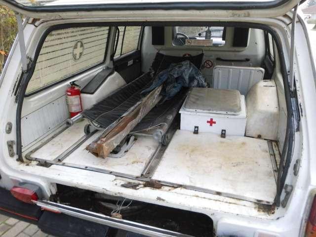 GAZ 2412 Wolga Modell 24 13  Sanitätskrankenwagen