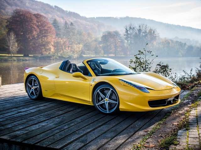 ferrari 458 triplo-strato-racing-seats-full-carbon jaune