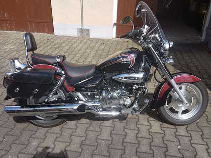 Buy Hyosung Aquila 125 used - AutoScout24