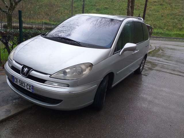 peugeot 807 2-2-hdi-navteq-on-board argent