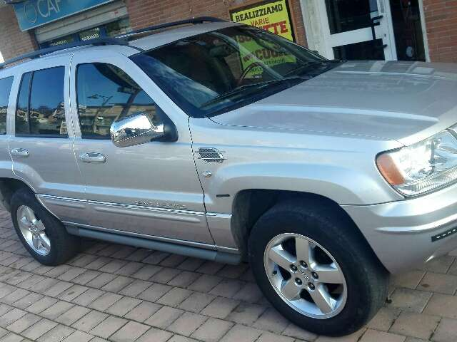 jeep grand-cherokee 2-7-crd-cat-overland argento
