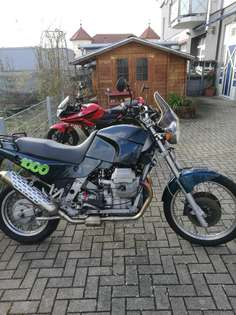 Moto Guzzi Quota 1000 Blau