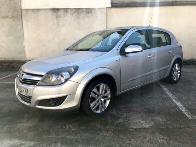 Opel Astra Sarcelles