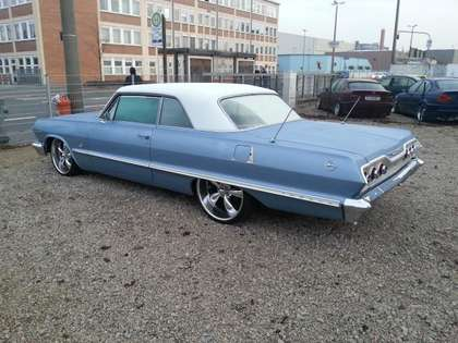 Chevrolet Impala SS H-Zullasung Blau
