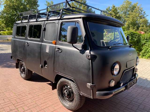 uaz buchanka 2206-allrad-4x4-offroad-2-7-euro6-lpg-deutsche-zul black