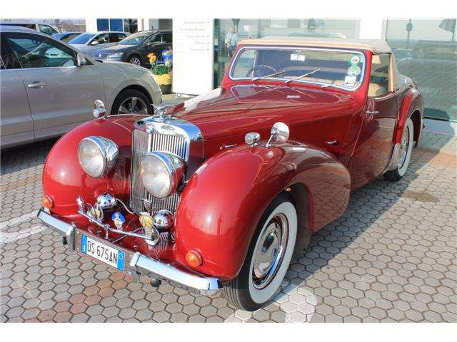 triumph others roadster-2000 rosso
