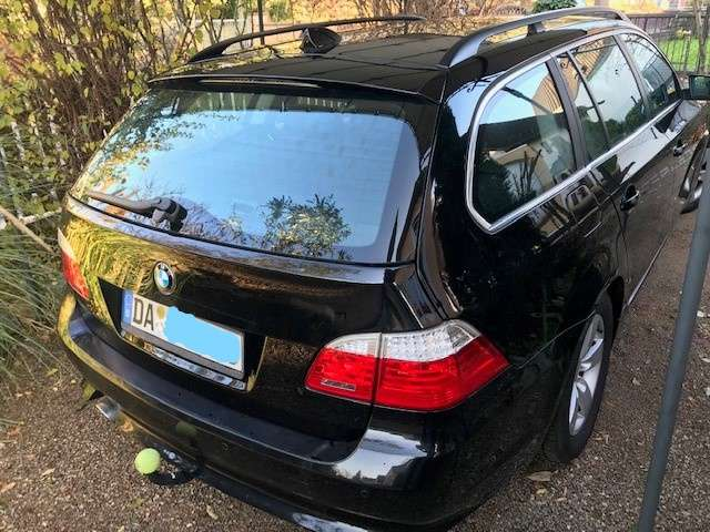 bmw 520 5er-touring-aut-edition-fleet schwarz
