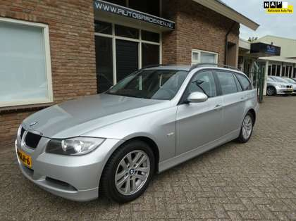 BMW 318 Touring 318i Business Line navi / Dealeronderhoude
