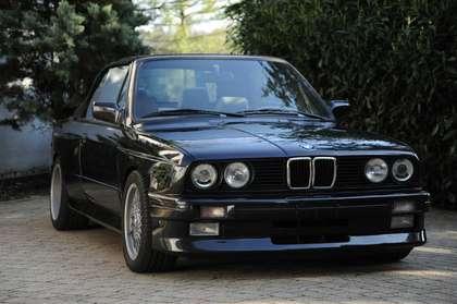 BMW M3 E30 Cabrio Schwarz
