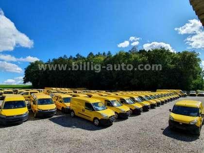 Volkswagen Caddy 2x Schiebetüre Werkstattgepfl