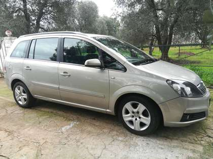 Find Gold Opel Zafira For Sale Autoscout24