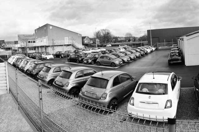 fiat 500 1-2i-stockaanbod-parkeersensoren-panodak-navi-usb noir