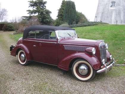 Oldtimer Opel Super 6 Rot
