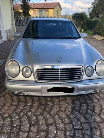 mercedes-benz e-200 cat-avantgarde gri