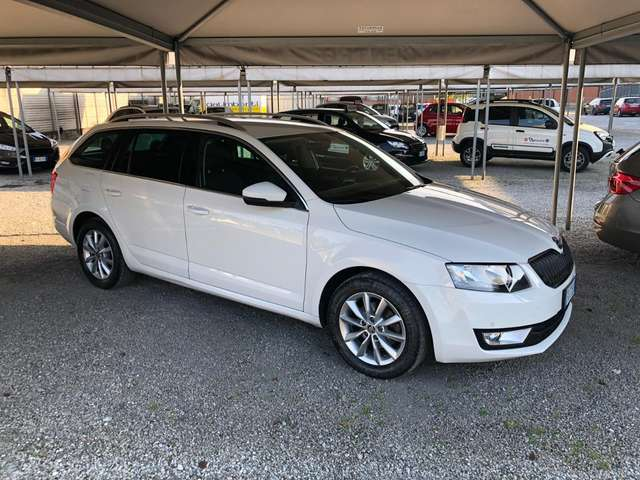 skoda octavia 1-6tdi-cr-110cv-dsg-wagon-executive-imm-28-12-2016 bianco