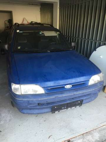 ford escort kombi-clx-1-8-ds blauw