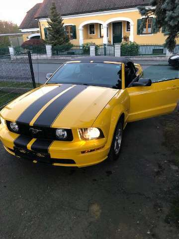 ford mustang gelb
