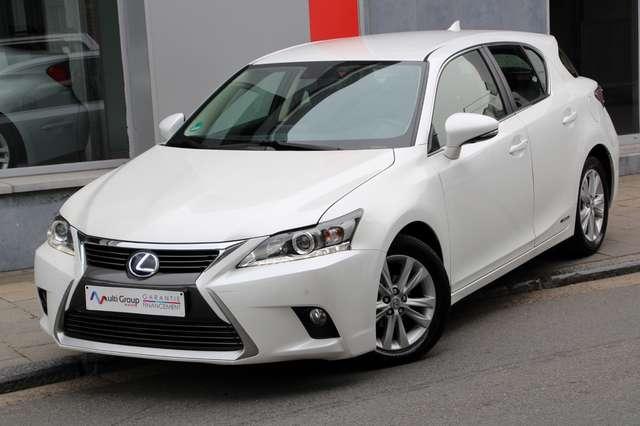 lexus ct-200h luxury-garantie-1an-full-option-gps-led-aut blanc