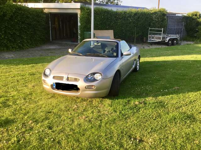mg mgf 1-8i-coupe-le-herit grau