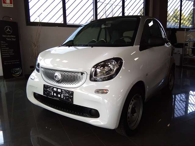 smart fortwo 70-1-0-youngster-twinamic bianco