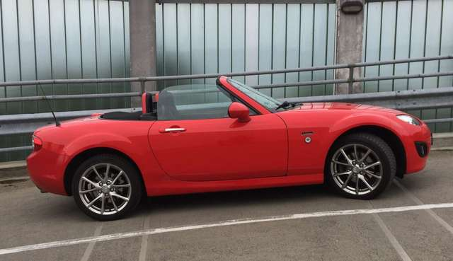 mazda mx-5 20th-anniversary-limited-edition rot