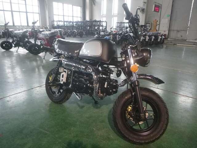 skyteam gorilla-125 club-s-injection-de-luxe-euro-4-modell-2020 schwarz