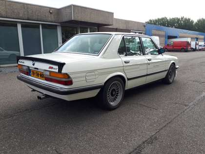 Alpina B9 3.5 alpinweiss (1983) 245 hp 6 cyl E28 manual gear