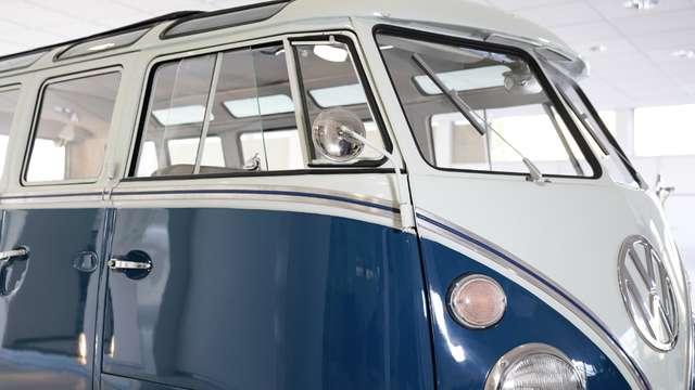 volkswagen t1 samba-21-raams blauw