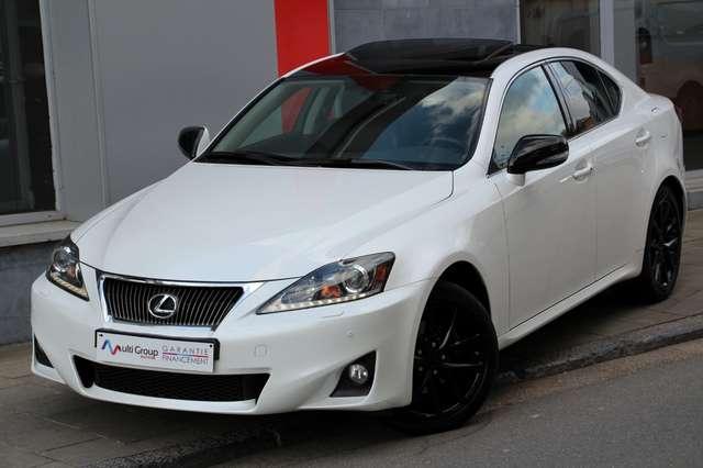 lexus is-200 d-garantie-1an-sport-ful-gps-xenon-led-toit-noir blanc