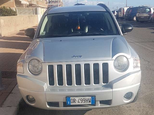 jeep compass 2-0-turbodiesel-limited-42-o-4-4 grigio