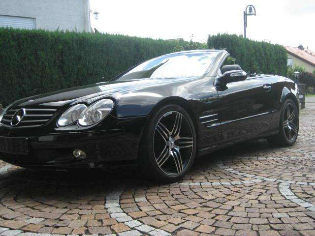 mercedes benz sl 350 cabrio in schwarz als gebrauchtwagen. Black Bedroom Furniture Sets. Home Design Ideas