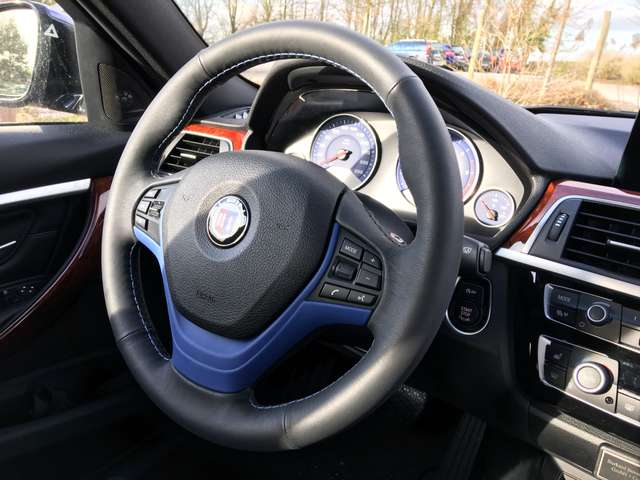 alpina d3 3-0-d-biturbo-switch-tronic bleu
