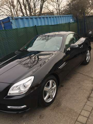 mercedes-benz slk-200 blueefficiency schwarz