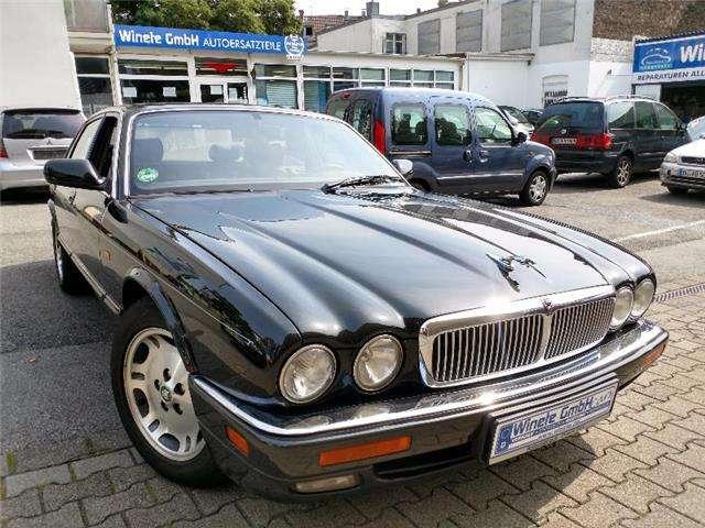 jaguar xj6 3-2-executive-automatik-klima-sitzheizung-uvm schwarz