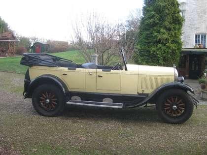 Oldtimer Chrysler Beige