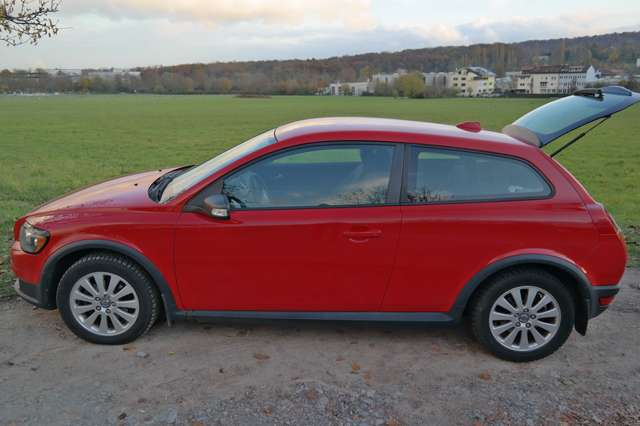 volvo c30 1-6d-kinetic rot