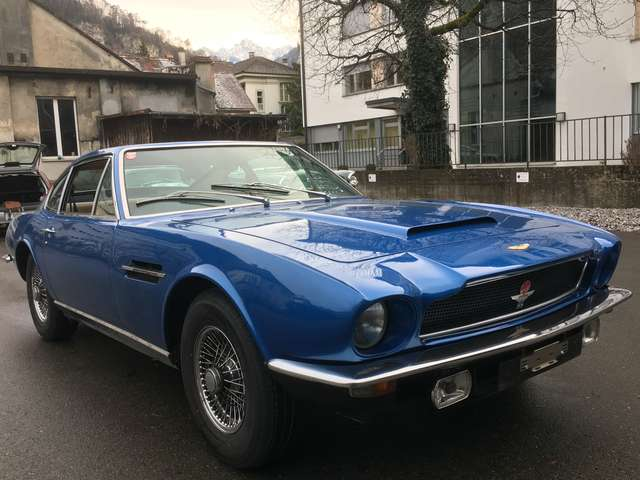 aston-martin vantage rhd-1-von-72-earls-court-motor-show-car-1972 blau